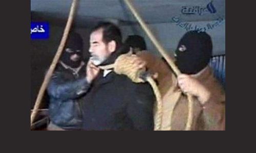 إعدام صدام حسين Saddam_moment_of_execution_0301007