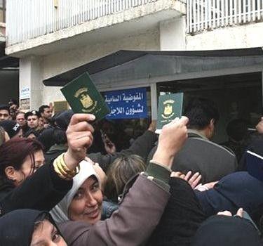 f9cfbfeea سؤال جدير بأن يكون البداية في اللقاء كم هو عدد العراقيين الموجودين في سوريا  حالياً؟ فهناك تضارب كبير بين الأعداد التي تقولون عنها أنتم في ال UNHCR  ,وبين ...